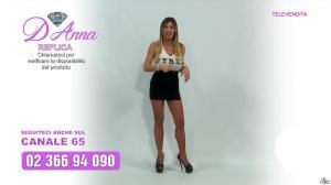 Emanuela Botto dans Télévendita Per d'Anna - 11/12/18 - 04