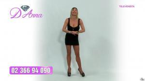 Emanuela Botto dans Télévendita Per d'Anna - 29/11/18 - 01