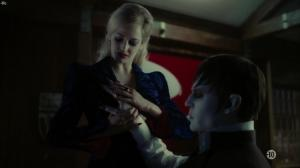 Eva Green dans Dark Shadows - 19/08/18 - 15