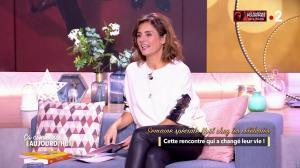 Faustine Bollaert dans Ça Commence Aujourd'hui - 10/12/18 - 07