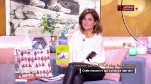 Faustine Bollaert dans Ça Commence Aujourd'hui - 10/12/18 - 11