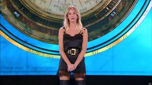 Alessia Marcuzzi dans l'Isola Dei Famosi - 11/03/19 - 01