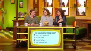 Anne Depetrini dans Burger Quiz - 04/12/19 - 03