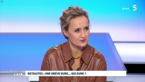 Caroline Roux dans C dans l'Air - 02/12/19 - 03
