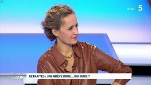 Caroline Roux dans C dans l'Air - 02/12/19 - 12