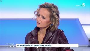 Caroline Roux dans C dans l'Air - 07/10/19 - 12