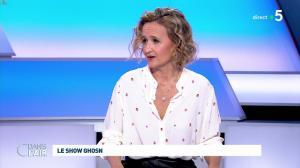 Caroline Roux dans C dans l'Air - 08/01/20 - 03