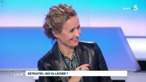 Caroline Roux dans C dans l'Air - 09/12/19 - 03