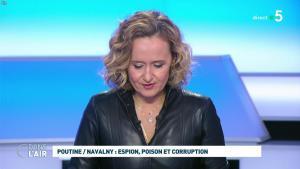 Caroline Roux dans C dans l'Air - 28/01/21 - 21