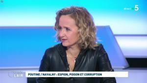 Caroline Roux dans C dans l'Air - 28/01/21 - 26