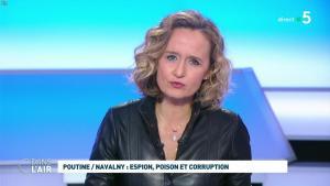 Caroline Roux dans C dans l'Air - 28/01/21 - 35