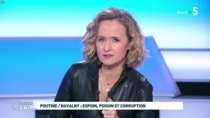 Caroline Roux dans C dans l'Air - 28/01/21 - 54