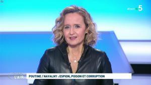 Caroline Roux dans C dans l'Air - 28/01/21 - 64