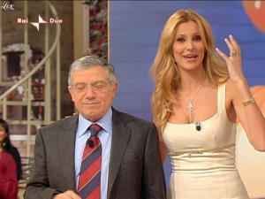 Adriana Volpe dans I Fatti Vostri - 07/12/09 - 6