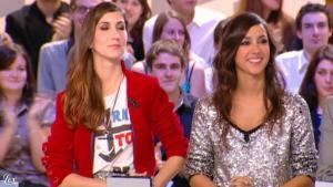 Elise Chassaing dans le Grand Journal De Canal Plus - 02/12/09 - 1