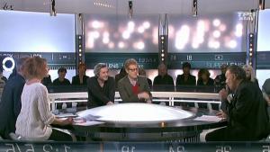 Valérie Amarou dans la Quotidienne Du Cinema - 10/01/11 - 3