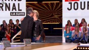 Laurence Ferrari dans le Grand Journal de Canal Plus - 03/02/12 - 01