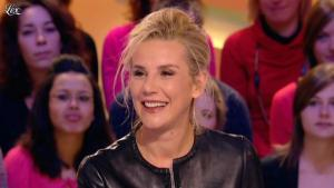 Laurence Ferrari dans le Grand Journal de Canal Plus - 03/02/12 - 04