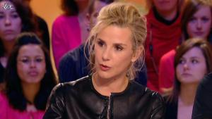 Laurence Ferrari dans le Grand Journal de Canal Plus - 03/02/12 - 08