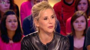 Laurence Ferrari dans le Grand Journal de Canal Plus - 03/02/12 - 13