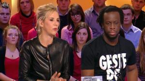 Laurence Ferrari dans le Grand Journal de Canal Plus - 03/02/12 - 17