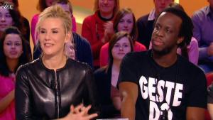 Laurence Ferrari dans le Grand Journal de Canal Plus - 03/02/12 - 20