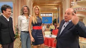 Adriana Volpe dans I Fatti Vostri - 08/11/12 - 17