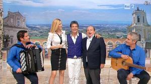 Adriana Volpe dans I Fatti Vostri - 19/09/11 - 20