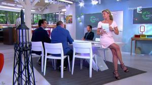 Anne-Sophie Lapix dans C à Vous - 02/06/14 - 01