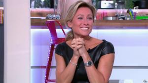 Anne-Sophie Lapix dans C à Vous - 04/10/13 - 17