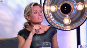Anne-Sophie Lapix dans C à Vous - 04/10/13 - 45