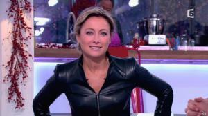 Anne-Sophie Lapix dans C à Vous - 13/12/13 - 09