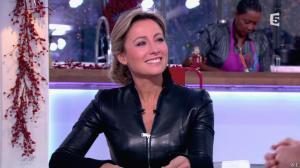 Anne-Sophie Lapix dans C à Vous - 13/12/13 - 11