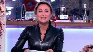Anne-Sophie Lapix dans C à Vous - 13/12/13 - 13
