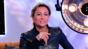 Anne-Sophie Lapix dans C à Vous - 13/12/13 - 28
