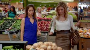 Brianna Brown dans Devious Maids - 21/06/14 - 04