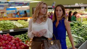 Brianna Brown dans Devious Maids - 21/06/14 - 06