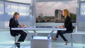 Caroline Roux dans C Politique - 20/10/13 - 23