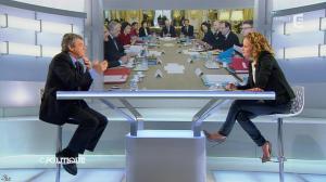 Caroline Roux dans C Politique - 20/10/13 - 27