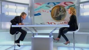 Caroline Roux dans C Politique - 20/10/13 - 29