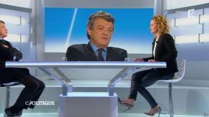 Caroline Roux dans C Politique - 20/10/13 - 32