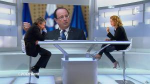 Caroline Roux dans C Politique - 20/10/13 - 33