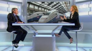 Caroline Roux dans C Politique - 20/10/13 - 35