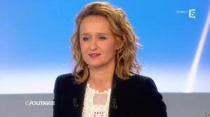 Caroline Roux dans C Politique - 20/10/13 - 36