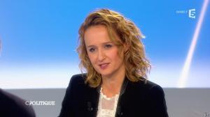 Caroline Roux dans C Politique - 20/10/13 - 43