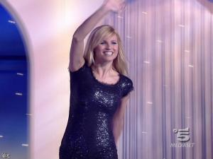 Michelle Hunziker dans Striscia la Notizia - 12/02/08 - 01