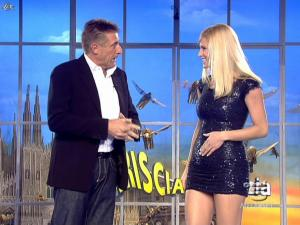 Michelle Hunziker dans Striscia la Notizia - 12/02/08 - 20