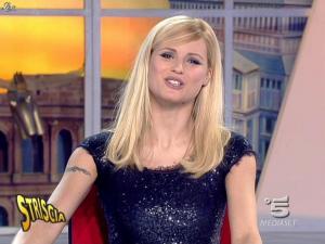 Michelle Hunziker dans Striscia la Notizia - 12/02/08 - 24