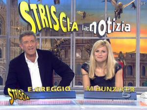 Michelle Hunziker dans Striscia la Notizia - 12/02/08 - 28