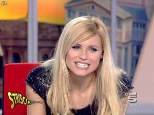 Michelle Hunziker dans Striscia la Notizia - 12/02/08 - 30